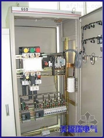 闪现,数字通讯和电能脉冲变送输出等多智能表面可以结束电量测量,电能