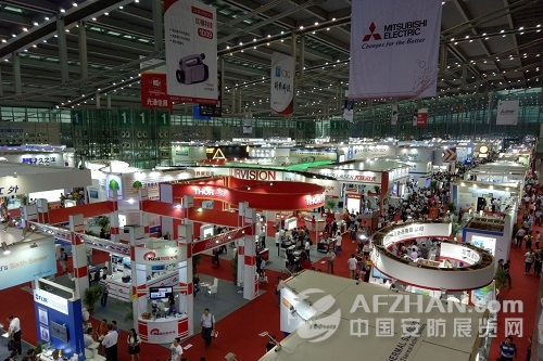 """直击2016深圳光博会 """"创新""""是一大亮点"""